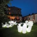 Location chaise Zoé blanche dessinée par Guglielmo Berchicci